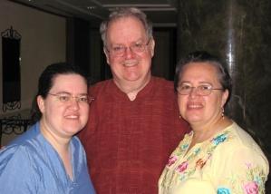 Rebecca, Louis & Bonnie Rushmore in Myanmar 2010